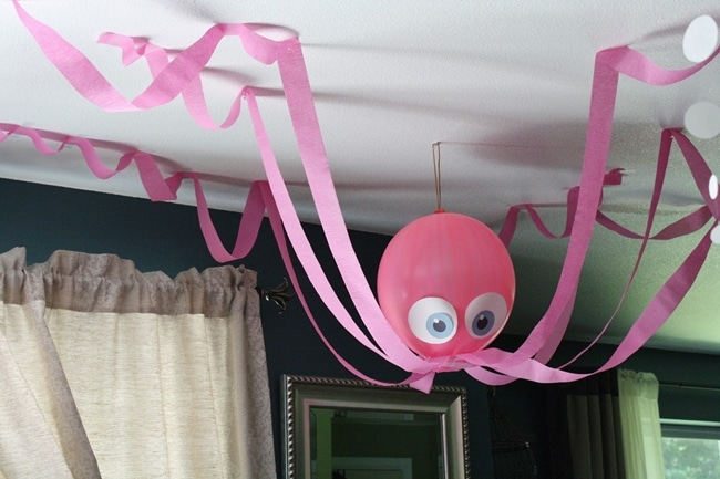 14 stunning classroom decorating ideas to make your classroom sparkle hanging under the sea octopus - Classroom Design Ideas