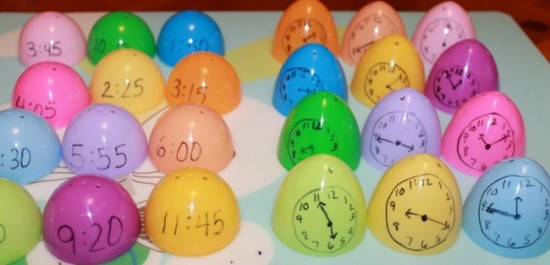 18 Telling Time To The Hour Resources - Egg Hunt time matching game - Teach Junkie